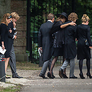 NLD/Lage Vuursche/20130816 - Uitvaart prins Friso, Bernhard Jr. en partner Annet Sekreve, Maurits en partner Marilene,