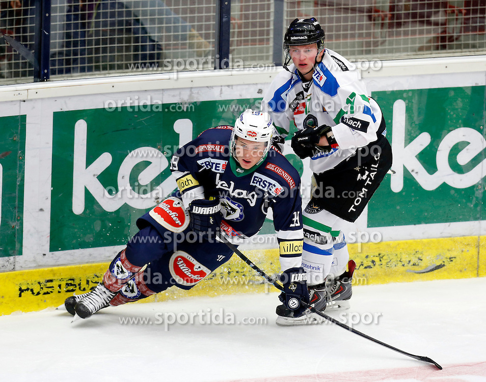 18.10.2015, Stadthalle, Villach, AUT, EBEL, EC VSV vs HDD Telemach Olimpija Ljubljana, 13. Runde, im Bild Patrick Platzer (VSV) und Miha Logar (Ljubljana) // during the Erste Bank Icehockey League 13th round match between EC VSV vs HDD Telemach Olimpija Ljubljana at the City Hall in Villach, Austria on 2015/10/18, EXPA Pictures © 2015, PhotoCredit: EXPA/ Oskar Hoeher