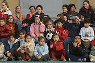 Roma, 18 dicembre 2004: scuola Di Donato, festa del Polo Intermundia con lo spettacolo di danze dei bambini di Lukov in Polonia<br /> &copy;Andrea Sabbadini