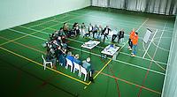 AMSTERDAM - Workshop in sporthal tijdens het KNHB Symposium Train de Trainer, voor trainer, coach , begeleider binnen het aangepaste hockey. Dit alles in het Ronald MacDonald Centre in Amsterdam. COPYRIGHT KOEN SUYK