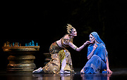 La Bayadere <br /> A ballet in three acts <br /> Choreography by Natalia Makarova <br /> After Marius Petipa <br /> The Royal Ballet <br /> At The Royal Opera House, Covent Garden, London, Great Britain <br /> General Rehearsal <br /> 30th October 2018 <br /> <br /> STRICT EMBARGO ON PICTURES UNTIL 2230HRS ON THURSDAY 1ST NOVEMBER 2018 <br /> <br /> Marianela Nunez as Nikiya <br /> A Bayadere and a temple dancer <br /> <br /> Natalia Osipova as Gamzatti <br /> <br /> Photograph by Elliott Franks Royal Ballet's Live Cinema Season - La Bayadere is being screened in cinemas around the world on Tuesday 13th November 2018 <br />
