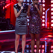 NLD/Hilversum/20121214 - Finale The Voice of Holland 2012, Wendy van Dijk en Leona Phillipo