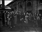 Derry's Children's Choir at King's Bridge, train station Dublin, now known as Dublin Heuston.- leaving for USA .<br /> <br /> 24/02/1958 <br /> <br /> Irish Historical Pictures of  Kingsbridge railway station, Dublin, Ireland.