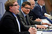 Frankfurt am Main | 03.06.2013<br /> <br /> Am Montag (03.06.2013) findet im Polizeipr&auml;sidium Frankfurt eine Pressekonferenz statt, bei der der Boris Rhein (CDU, Innenminister Hessen und Harald Schneider (Polizei Frankfurt, Einsatzleiter) versuchen, den brutalen und skandal&ouml;sen Polizeieinsatz gegen die Blockupy-Demoam Samstag (01.06.2013) zu rechtfertigen, es werden Gegenst&auml;nde gezeigt, die die Demonstranten angeblich mitgef&uuml;hrt haben, dieses werten Polizei und Innenminister als Staftaten.<br /> Hier: Boris Rhein 2.v.l..<br /> <br /> &copy;peter-juelich.com<br /> <br /> [No Model Release | No Property Release]