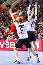 29.01.2016, Tauron Arena, Krakau, POL, EHF Euro 2016, Norwegen vs Deutschland, Halbfinale, im Bild Sander Sagosen (Nr. 5, Aalborg Handbold) gegen Hendrik Pekeler (Nr. 13, Rhein-Neckar Loewen) und Finn Lemke (Nr. 6, SC Magdeburg). // during the 2016 EHF Euro semi final match between Norway and Germany at the Tauron Arena in Krakau, Poland on 2016/01/29. EXPA Pictures &copy; 2016, PhotoCredit: EXPA/ Eibner-Pressefoto/ Koenig<br /> <br /> *****ATTENTION - OUT of GER*****
