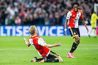 ROTTERDAM - Feyenoord - AZ , Voetbal , Eredivisie, Seizoen 2015/2016 , Stadion de Kuip , 25-10-2015 , Speler van Feyenoord Dirk Kuyt (l) scoort de 1-0 en viert dit met Speler van Feyenoord Terence Kongolo (r)
