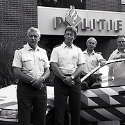 NLD/Bilthoven/19930824 - Politie Bilthoven foto van vier wijkchefs, Dhr K.L.van den Berg, Dhr.S.Verkade, Dhr.M.G.Bruinsma en Dhr.Th.W.Vlaswinkel