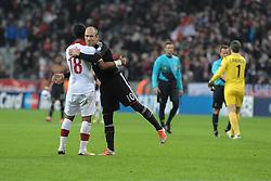 07-11-2012 VOETBAL: UEFA CLFC BAYERN MUNCHEN - OSC LILLE: MUNCHEN<br /> Arjen ROBBEN,  Franck BERIA<br /> ***NETHERLANDS ONLY***<br /> ©2012-FotoHoogendoorn.nl