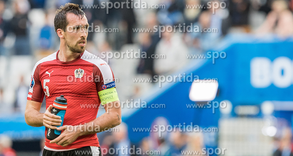 14.06.2016, Stade de Bordeaux, Bordeaux, FRA, UEFA Euro, Frankreich, Oesterreich vs Ungarn, Gruppe F, im Bild Christian Fuchs (AUT) // Christian Fuchs (AUT) during Group F match between Austria and Hungary of the UEFA EURO 2016 France at the Stade de Bordeaux in Bordeaux, France on 2016/06/14. EXPA Pictures © 2016, PhotoCredit: EXPA/ JFK
