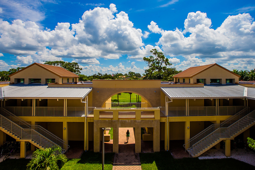 SARASOTA, FL -- August 21, 2016 -- Pritzker Residence Hall at New College of Florida. (PHOTO / New College of Florida, Chip Litherland)