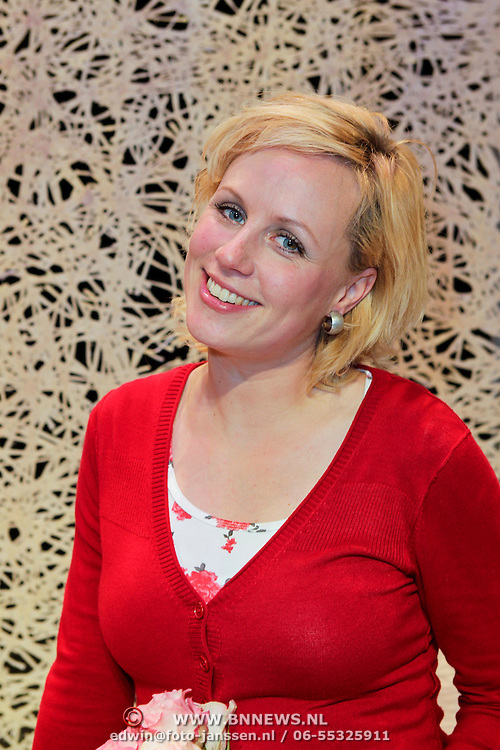 NLD/Leiden/20111210 - Premiere Help ik heb mijn vrouw zwanger gemaakt, Dorien Haan