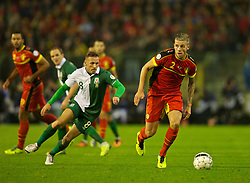 BRUSSELS, BELGIUM - Tuesday, October 15, 2013: Belgium's Toby Alderweireld in action against Wales during the 2014 FIFA World Cup Brazil Qualifying Group A match at the Koning Boudewijnstadion. (Pic by David Rawcliffe/Propaganda)