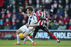 Gareth McAuley of West Bromwich Albion  and Sadio Mane of Southampton in action - Mandatory by-line: Jason Brown/JMP - 07966386802 - 16/01/2016 - FOOTBALL - Southampton, St Mary's Stadium - Southampton v West Bromwich Albion - Barclays Premier League