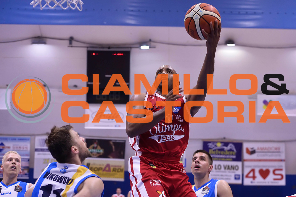 Ricky Hickman <br /> Betaland Capo D'Orlando - EA7 Emporio Armani Olimpia Milano<br /> Playoff Gara 4<br /> Lega Basket 2016/2017<br /> Capo D'Orlando 18/05/2017<br /> Foto Ciamillo-Castoria