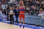 DESCRIZIONE : Campionato 2015/16 Serie A Beko Dinamo Banco di Sardegna Sassari - Consultinvest VL Pesaro<br /> GIOCATORE : Marco Ceron<br /> CATEGORIA : Tiro Tre Punti Three Point<br /> SQUADRA : Consultinvest VL Pesaro<br /> EVENTO : LegaBasket Serie A Beko 2015/2016<br /> GARA : Dinamo Banco di Sardegna Sassari - Consultinvest VL Pesaro<br /> DATA : 23/11/2015<br /> SPORT : Pallacanestro <br /> AUTORE : Agenzia Ciamillo-Castoria/L.Canu