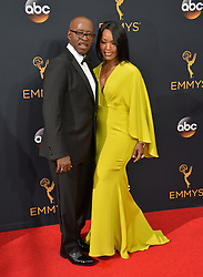 Courtney B. Vance & Angela Bassett bei der Verleihung der 68. Primetime Emmy Awards in Los Angeles / 180916<br /> <br /> *** 68th Primetime Emmy Awards in Los Angeles, California on September 18th, 2016***