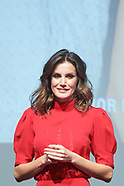 121918 Queen Letizia attends the Delivery of the 5th National Fashion Awards