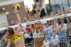 16-07-2014 NED: FIVB Grand Slam Beach Volleybal, Apeldoorn<br /> Poule fase groep G vrouwen - Julia Sude (2) GER, Tanja Huberli (2) SUI