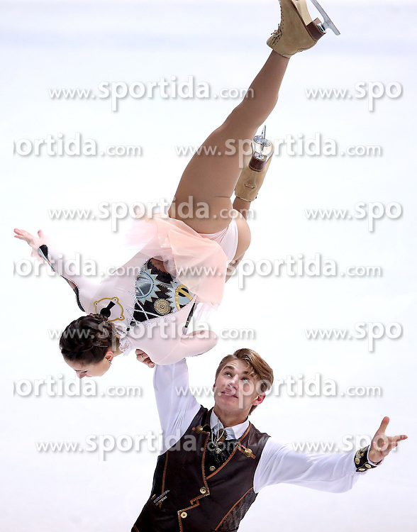 04.12.2015, Dom Sportova, Zagreb, CRO, ISU, Golden Spin of Zagreb, freies Programm, Paare, im Bild Kristina Astakhova - Alexei Rogonov, Russia. // during the 48th Golden Spin of Zagreb 2015 doubles Free Program of ISU at the Dom Sportova in Zagreb, Croatia on 2015/12/04. EXPA Pictures &copy; 2015, PhotoCredit: EXPA/ Pixsell/ Igor Kralj<br /> <br /> *****ATTENTION - for AUT, SLO, SUI, SWE, ITA, FRA only*****