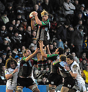 Twickenham, GREAT BRITAIN,  Quins, Chris ROBSHAW, looks for outlet, after winning the line out ball, during the EDF. Energy Cup. between, Harlequins vs Ospreys at Twickenham Stoop.  02/12/2007 [Mandatory Credit Peter Spurrier/Intersport Images].