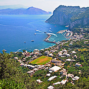 vista di capri e marina grande con vista della penisola sorrentina, view of Capri and Marina Grande overlooking the Sorrento peninsula