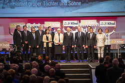07.04.2016, Congress, Innsbruck, AUT, Wahlkampfauftakt Andreas Khol zur Präsidentschaftswahl 2016, im Bild ÖVP-Bundespräsidentschaftskandidat Andreas Khol sing mit Parteifreunden und Wahlkampf-unterstützern die österreichische Bundeshymne // ÖVP Federal Presidential Candidate Andreas Khol sing with fellow party members and campaign supporters the Austrian national anthem during campaign opening according to the austrian presidential elections at the Congress in Innsbruck, Austria on 2016/04/07. EXPA Pictures © 2016, PhotoCredit: EXPA/ Johann Groder