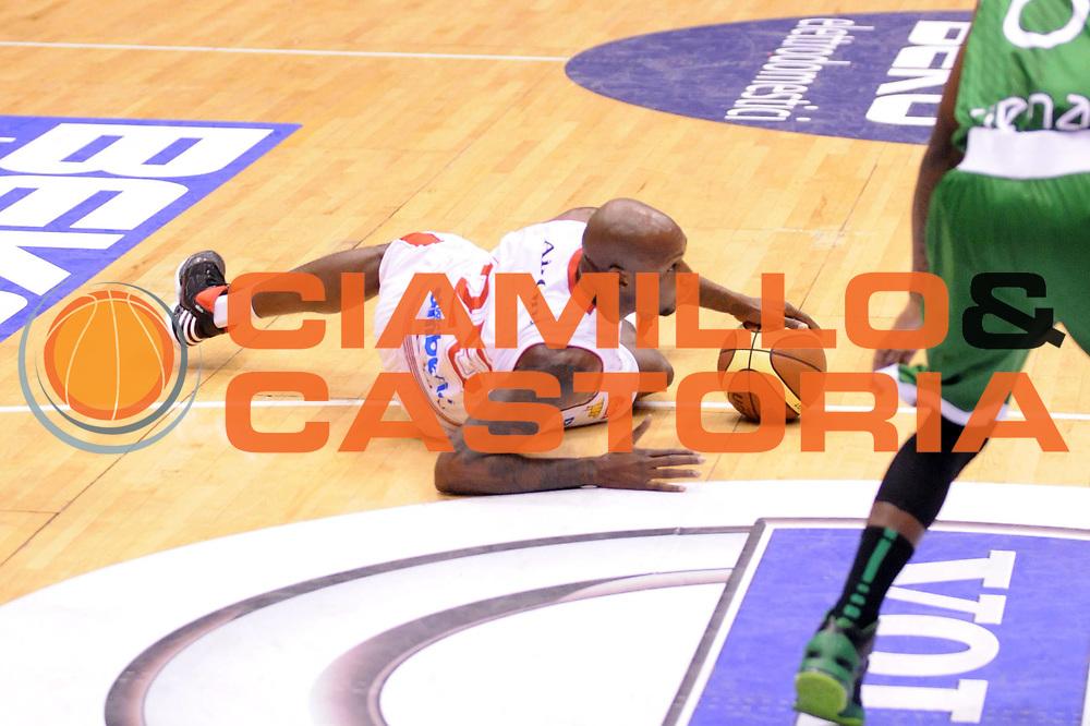 DESCRIZIONE : Milano Coppa Italia Final Eight 2013 Finale Cimberio Varese Montepaschi Siena<br /> GIOCATORE : Ebi Ere<br /> CATEGORIA : Palleggio<br /> SQUADRA : Cimberio Varese<br /> EVENTO : Beko Coppa Italia Final Eight 2013<br /> GARA : Cimberio Varese Montepaschi Siena<br /> DATA : 10/02/2013<br /> SPORT : Pallacanestro<br /> AUTORE : Agenzia Ciamillo-Castoria/Max.Ceretti<br /> Galleria : Lega Basket Final Eight Coppa Italia 2013<br /> Fotonotizia : Milano Coppa Italia Final Eight 2013 Finale Cimberio Varese Montepaschi Siena<br /> Predefinita :