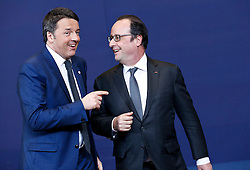 Italian Prime Minister Matteo Renzi (L) and French President Francois Hollande talk at family photo session during a two-day European Union leaders summit at the EU Council headquarters in Brussels, Belgium, March 17, 2016. EXPA Pictures © 2016, PhotoCredit: EXPA/ Photoshot/ Ye Pingfan<br /> <br /> *****ATTENTION - for AUT, SLO, CRO, SRB, BIH, MAZ, SUI only*****