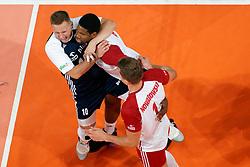 23-09-2019 NED: EC Volleyball 2019 Poland - Germany, Apeldoorn<br /> 1/4 final EC Volleyball - Poland win 3-0 / Damian Wojtaszek #10 of Poland, Wilfredo Leon Venero #9 of Poland