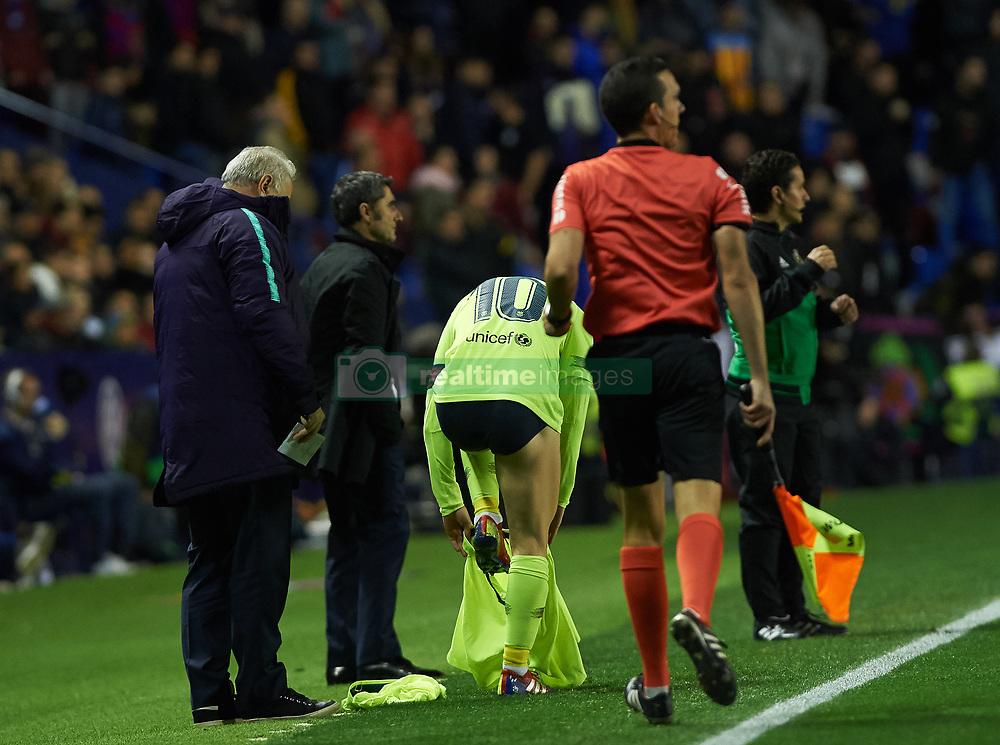 صور مباراة : ليفانتي - برشلونة 0-5 ( 16-12-2018 )  20181216-zaa-a181-037