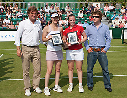 MANCHESTER, ENGLAND: Tournament Director Anders Borg with Chloe Murphy (GBR) and Martina Hingis (SUI) on Day 4 of the Manchester Masters Tennis Tournament at the Northern Tennis Club. (Pic by David Tickle/Propaganda)