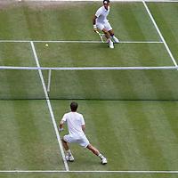 FedererCrossCourtSlice_Wimbledon