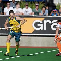 MELBOURNE - Champions Trophy men 2012<br /> Netherlands v Australia 0-0<br /> foto: Simon Orchard wins Rogier Hofman <br /> FFU PRESS AGENCY COPYRIGHT FRANK UIJLENBROEK