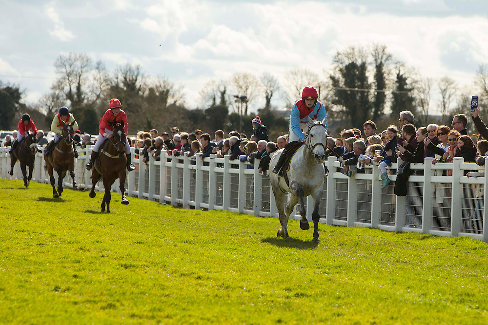 Horse Racing - Fairyhouse Easter Festival, Monday 28th March 2016<br /> <br /> Photo: David Mullen /www.cyberimages.net / 2016