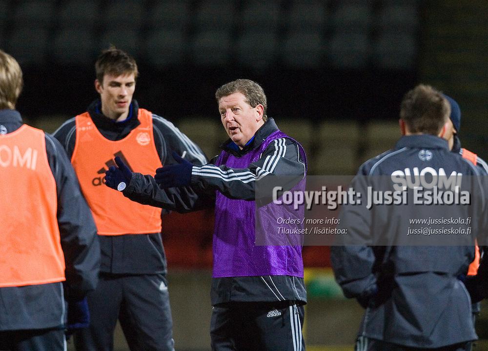 Roy Hodgson. Suomen maajoukkueen harjoitukset, Glasgow, Partick Thistlen stadion, 5.2.2007. Photo: Jussi Eskola