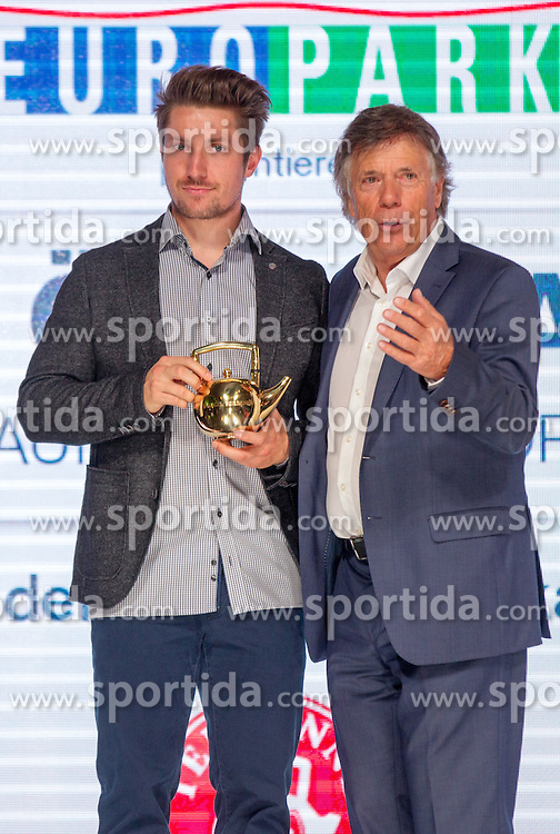 09.10.2015, Europapark, Salzburg, AUT, Praesentation der OeSV Winterkollektion,, im Bild v.l. ÖSV-Präsident Peter Schröcksnadel, Marcel Hirscher // during Fashion Show of the Presentation of OeSV winter collection of Austrian Ski Federation OeSV at the Europapark in Salzburg, Austria on 2015/10/09. EXPA Pictures © 2015, PhotoCredit: EXPA/ Johann Groder