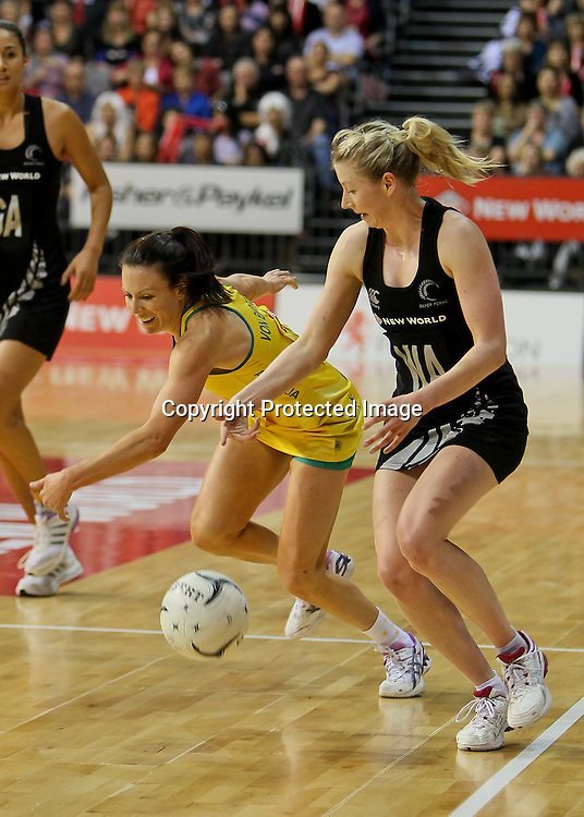 Australia captain Natalie Von Bertouch competes for the ball with New Zealand's Camilla (Millie) Lees during the New World Quad Series - Silver Ferns v Australian Diamonds, 1 November 2012.  Photo:  Bruce Lim / www.photosport.co.nz
