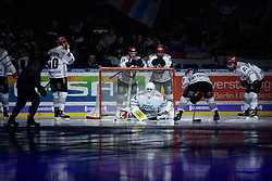 01.03.2019, O2 World, Berlin, GER, DEL, Eisbaeren Berlin vs Koelner Haie, 52. Runde, im Bild Konzentration - Einschwoeren // during the DEL 52th round match between Eisbaeren Berlin and Koelner Haie at the O2 World in Berlin, Germany on 2019/03/01. EXPA Pictures © 2019, PhotoCredit: EXPA/ Eibner-Pressefoto/ Uwe Koch<br /> <br /> *****ATTENTION - OUT of GER*****