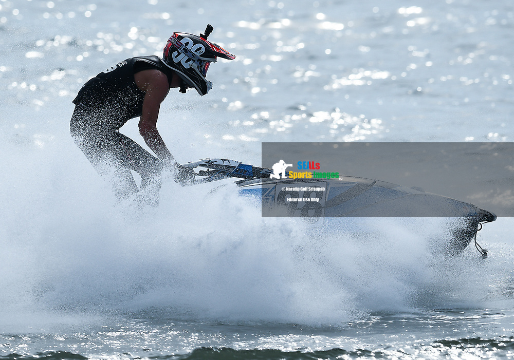 PATTAYA, THAILAND - DECEMBER 09: Quinten Vandenbossche (98) of Belgium and QB1 Racing in action during the Pro Ski Grandprix Moto4 at the Thai Airways International Jet Ski World Cup 2018, Jomtien Beach, Pattaya, Thailand on December 09, 2018. <br /> .<br /> .<br /> .<br /> (Photo by: Naratip Golf Srisupab/SEALs Sports Images)<br /> .<br /> Any image use must include a mandatory credit line adjacent to the content which should read: Naratip Golf Srisupab/SEALs Sports Images
