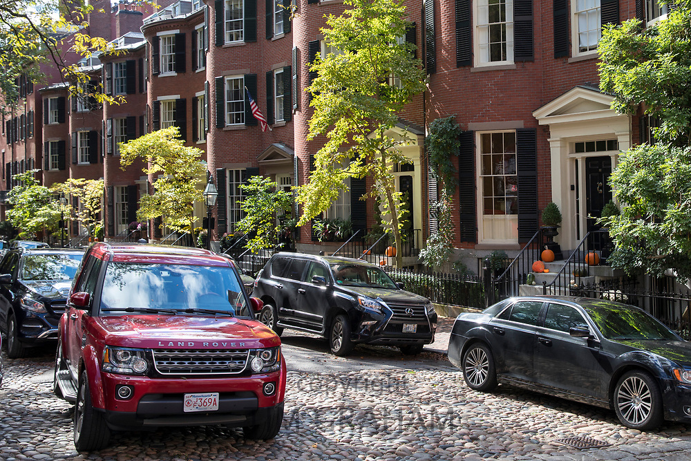Land Rover car in Lonsburg Square in the Beacon Hill historic district of Boston, Massachusetts, USA