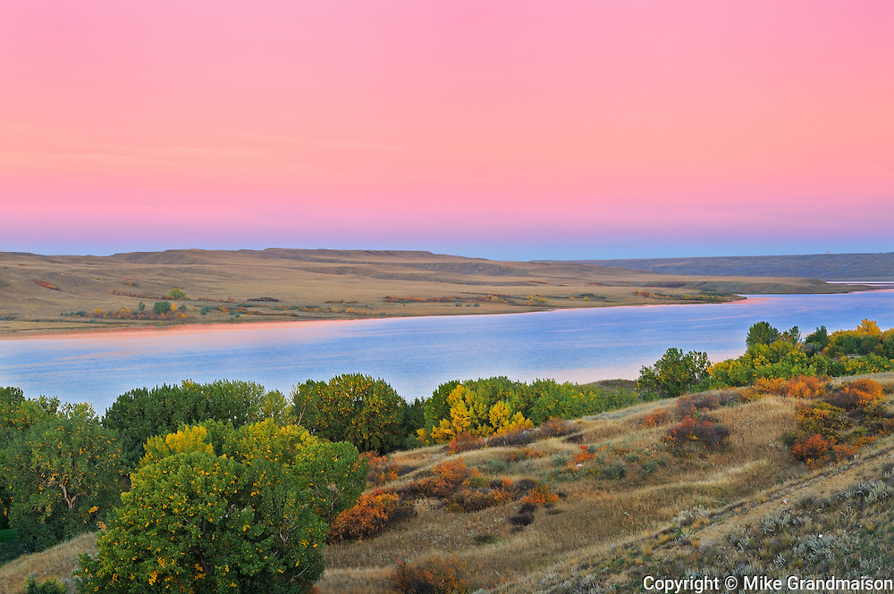 Hills along the South Saskatchewan River <br /> Saskatchewan Landing Provincial Park<br /> Saskatchewan<br /> Canada