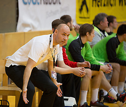 09.12.2014, Sporthalle, Leoben, AUT, OeHB-Cup Achtelfinale, Union JURI Leoben vs SG INSIGNIS Handball West Wien, im Bild Trainer Erlingur Richardsson (West Wien) // durning the OeHB-Cup, Round of the last sixteen, between, Union JURI Leoben vs SG INSIGNIS Handball West Wien at the Sport Hall, Leoben, Austria on 2014/12/09, EXPA Pictures © 2014, PhotoCredit: EXPA/ Dominik Angerer