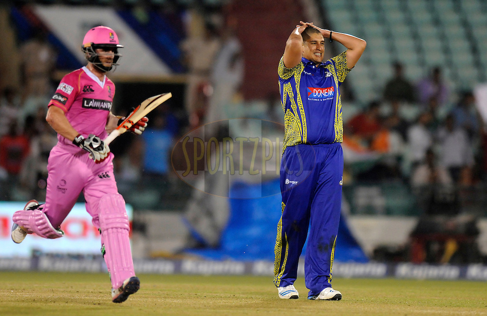Rory Kleinveldt of Cape Cobras reacts as he bowls during match 3 of the Oppo Champions League Twenty20 between the Cape Cobras and the Northern Knights held at the Chhattisgarh International Cricket Stadium, Raipur, India on the 19th September 2014<br /> <br /> Photo by:  Pal Pillai / Sportzpics/ CLT20<br /> <br /> <br /> Image use is subject to the terms and conditions as laid out by the BCCI/ CLT20.  The terms and conditions can be downloaded here:<br /> <br /> http://sportzpics.photoshelter.com/gallery/CLT20-Image-Terms-and-Conditions-2014/G0000IfNJn535VPU/C0000QhhKadWcjYs