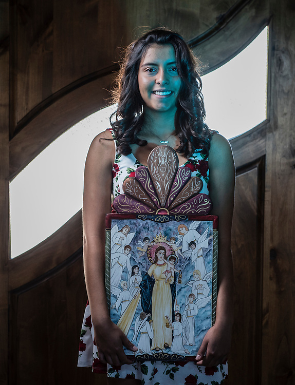 rer060817cc/Life/June 08, 2017/Albuquerque Journal<br /> Skyler Valdez(Cq)is an 18 year-old Retablo artist who will be in this year's Spanish Market.  Here she holds her piece titled &quot; Reina del Cielo.&quot;  <br /> Albuquerque, New Mexico Roberto E. Rosales/Albuquerque Journal
