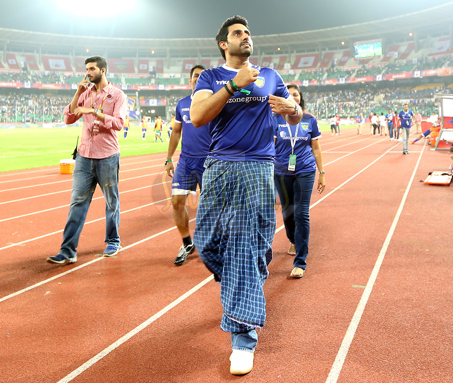 Actor Abhishek Bachchan owner of Chenaiyin FC during match 15 of the Hero Indian Super League between Chennaiyin FC and Mumbai City FC held at the Jawaharlal Nehru Stadium, Chennai, India on the 28th October 2014.<br /> <br /> Photo by:  Sandeep Shetty/ ISL/ SPORTZPICS