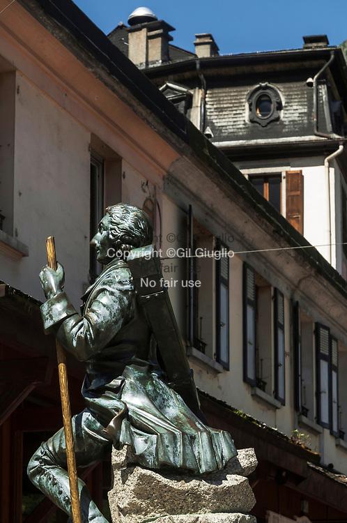 France, Auvergne Rhône-Alpes, Haute-Savoie (74) , Pays du Mont Blanc, ville de Chamonix, centre ville // France, Auvergne Rhone-Alpes region, department of Haute-Savoie, Mont-Blanc region, Chamonix downtown