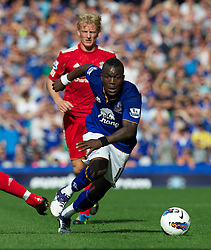 LIVERPOOL, ENGLAND - Saturday, October 1, 2011: Everton's Royston Drenthe in action against Liverpool during the Premiership match at Goodison Park. (Pic by David Rawcliffe/Propaganda)