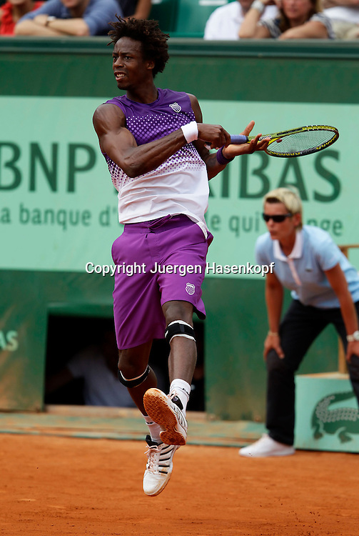French Open 2011, Roland Garros,Paris,ITF Grand Slam Tennis Tournament . Gael Monfils (FRA) Einzelbild,Aktion,