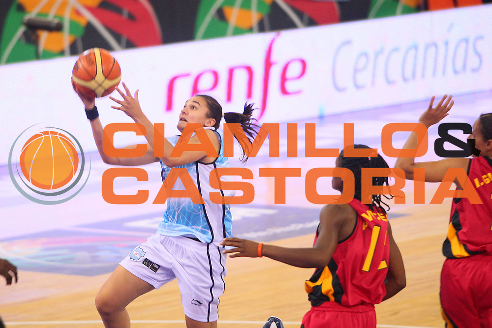 DESCRIZIONE : Madrid 2008 Fiba Olympic Qualifying Tournament For Women Argentina Angola <br /> GIOCATORE : Sandra Pavon <br /> SQUADRA : Argentina <br /> EVENTO : 2008 Fiba Olympic Qualifying Tournament For Women <br /> GARA : Argentina Angola <br /> DATA : 10/06/2008 <br /> CATEGORIA : Tiro <br /> SPORT : Pallacanestro <br /> AUTORE : Agenzia Ciamillo-Castoria/S.Silvestri <br /> Galleria : 2008 Fiba Olympic Qualifying Tournament For Women <br /> Fotonotizia : Madrid 2008 Fiba Olympic Qualifying Tournament For Women Argentina Angola <br /> Predefinita :