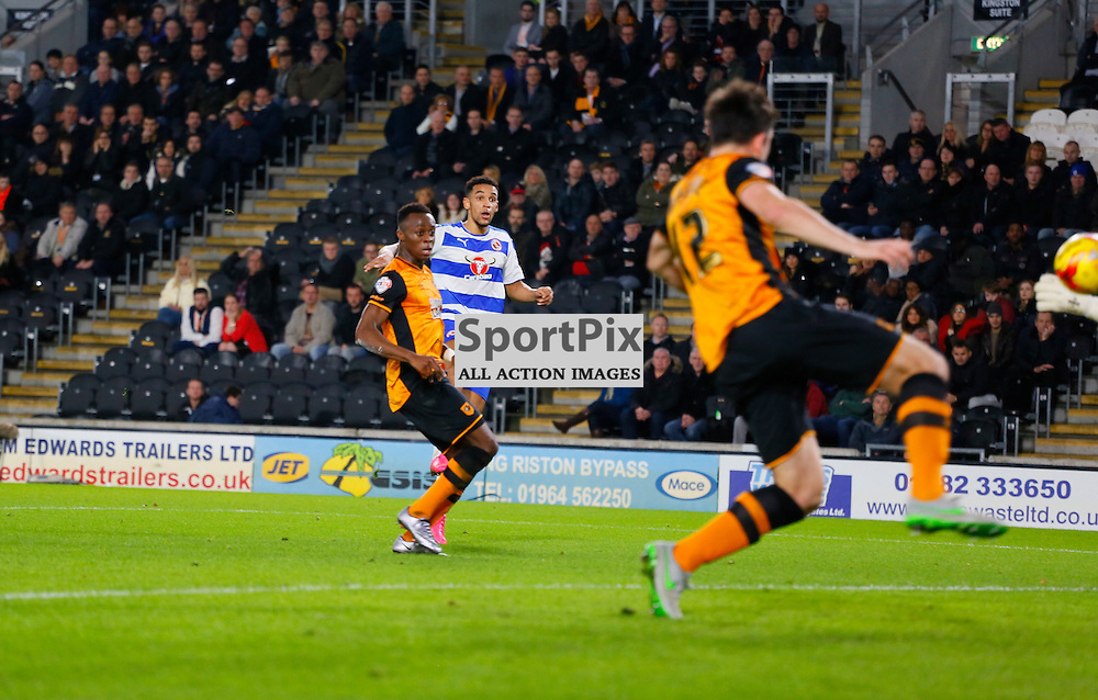 Nick Blackman scores the opening goal during Hull City v Reading, SkyBet Championship, Wednesday 16th December 2015, KC Stadium, Hull
